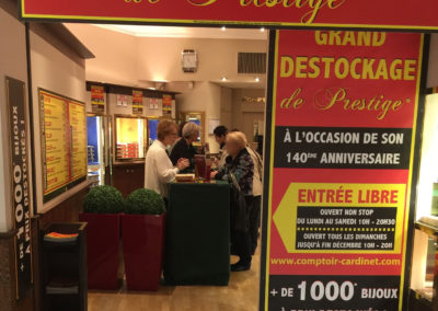 Destockage Comptoir Cardinet - Paris